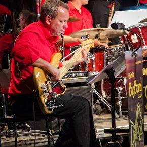 Bass-Gitarre beim Jazz meets Tango